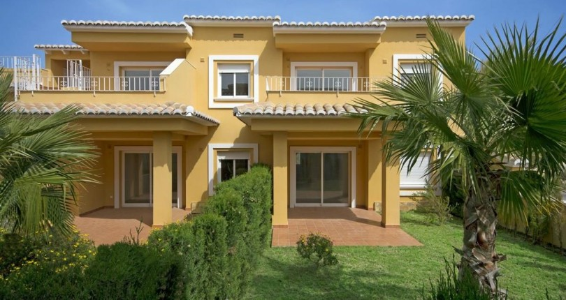 2 Bedroom 2 Bathroom Apartment for Sale in Benitachell