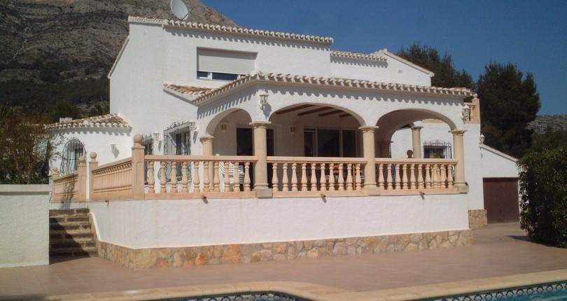 5 Bedroom Villa for Sale in Montgo Javea