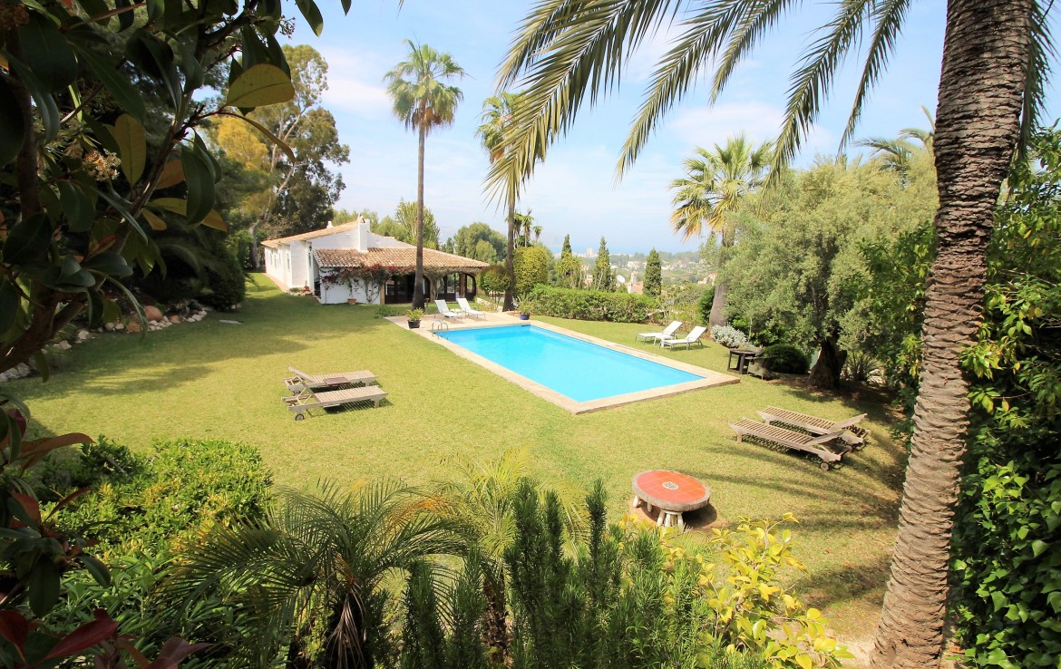 5 Bedroom Villa for Sale in Javea Tosalet