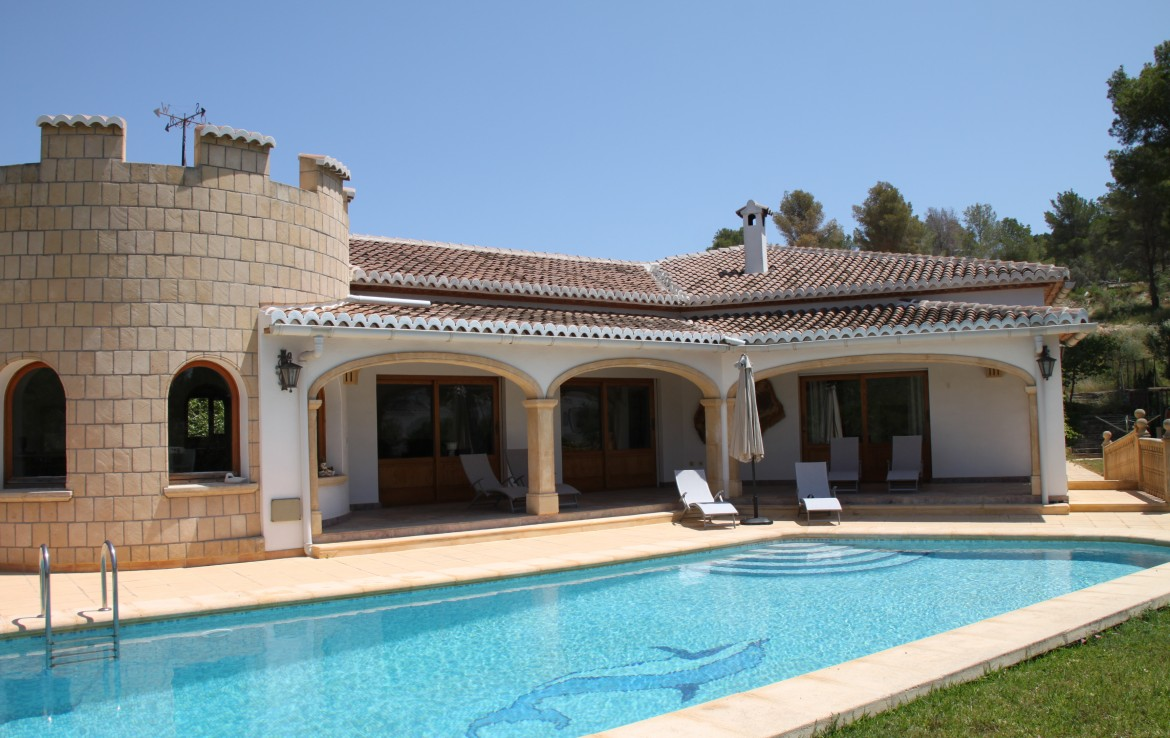 4 Bedroom Villa Holiday Rent in El Rafalet Javea