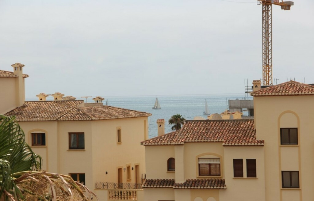 Top floor apartment in Javea Port for sale 212K