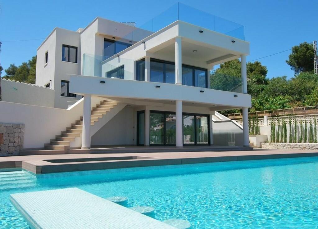 New build first line villa for sale in Fanadix in Benissa
